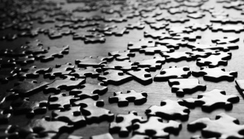 puzzle-pieces-bw-001