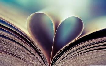 book-pages-heart-love-wallpaper-1.jpg